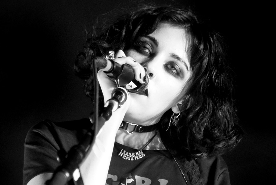 <H2>Pale Waves</H2><H5>Paris, Olympia